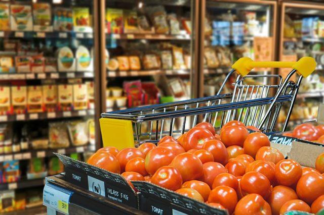 Маркетинговий підхід в управлінні розвитком продовольчої торгової мережі (реферат)