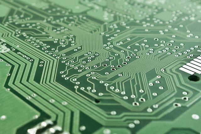 Рассчет корректирующих цепей широкополосных усилительных каскадов на биполярных транзисторах
