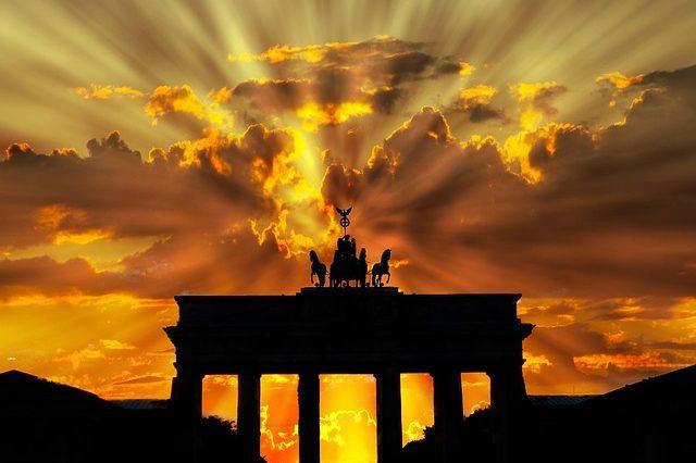 Грошова система Німеччини: розвиток та сучасний стан (реферат)