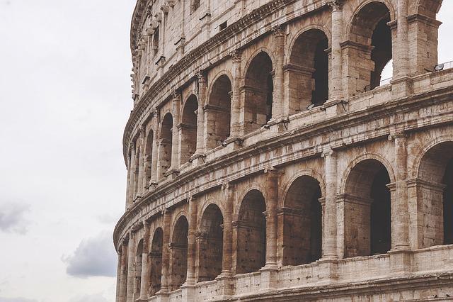 Архітектура римського амфітеатру – Колізею (реферат)