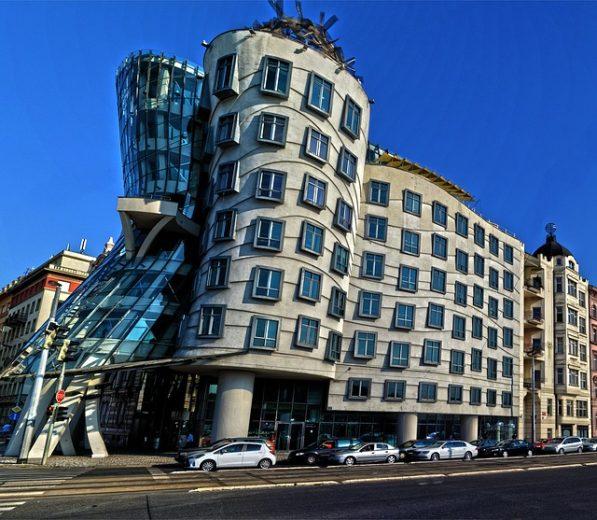 Відомі українські архітектори