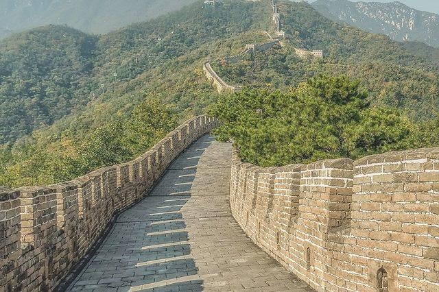 Велика китайська стіна як пам'ятник архітектури Китаю (реферат)